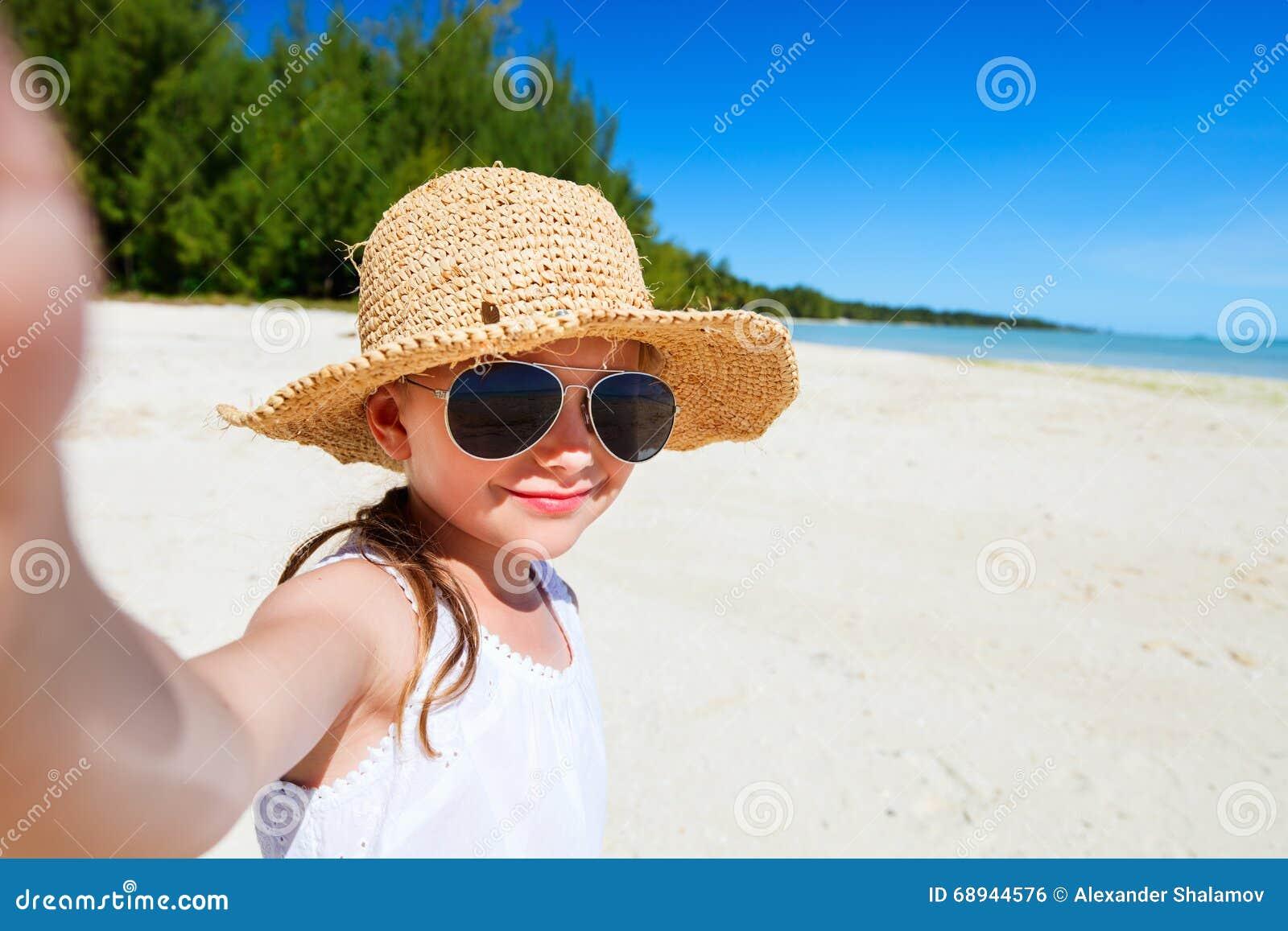 Exotic bbw island girl has fun with a big white cock - 1 2