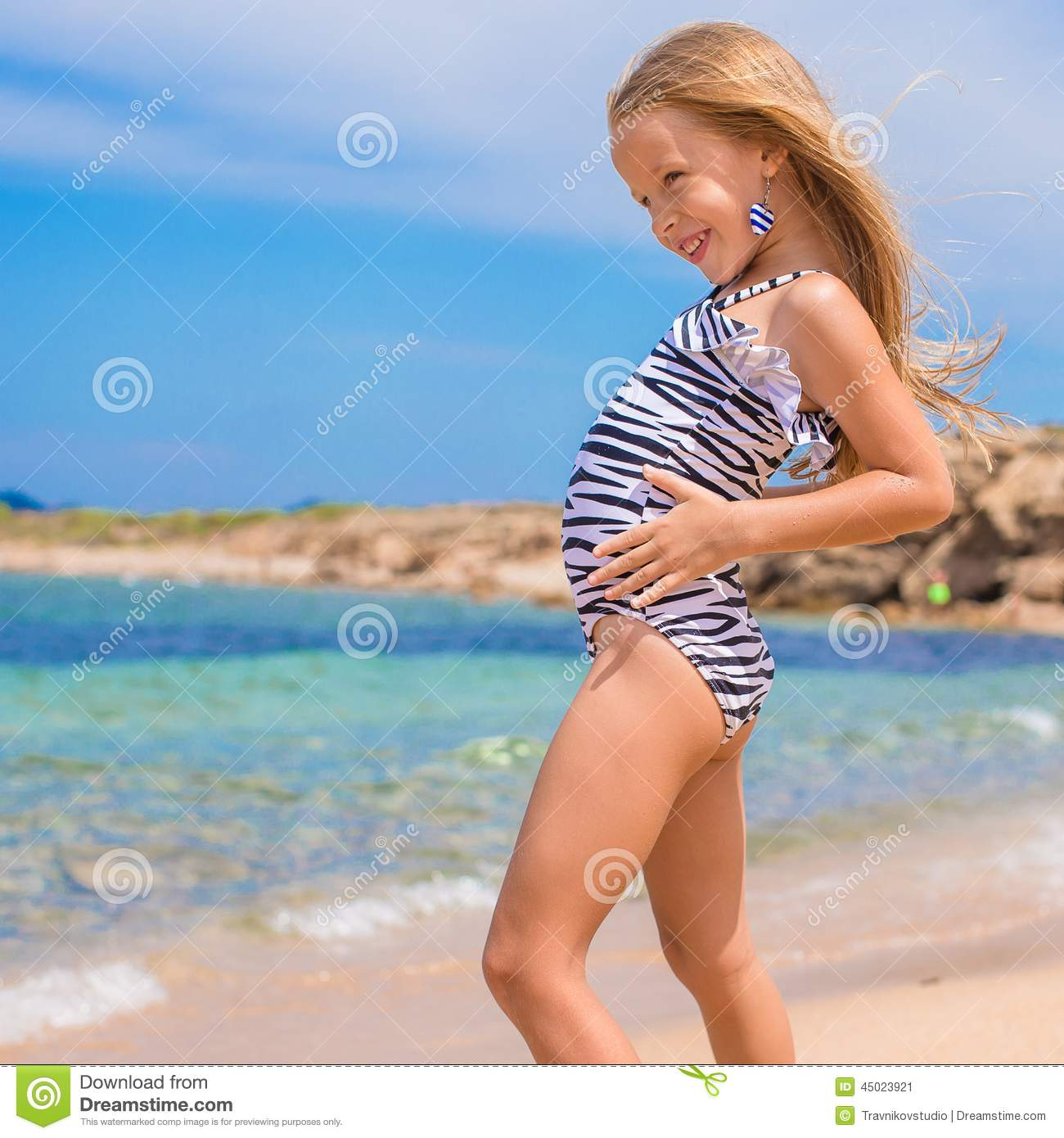 Agree Little cute amateur girls at the beach consider