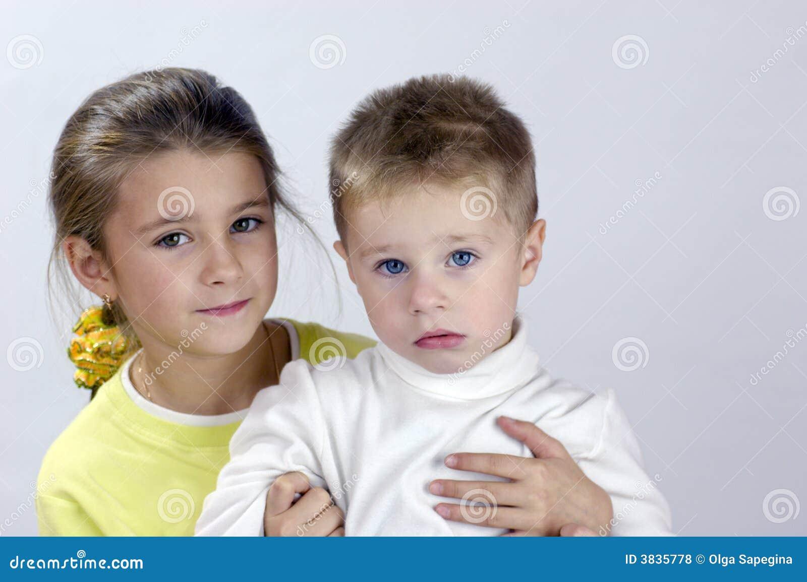 Родные брат с сестрой 17 фотография