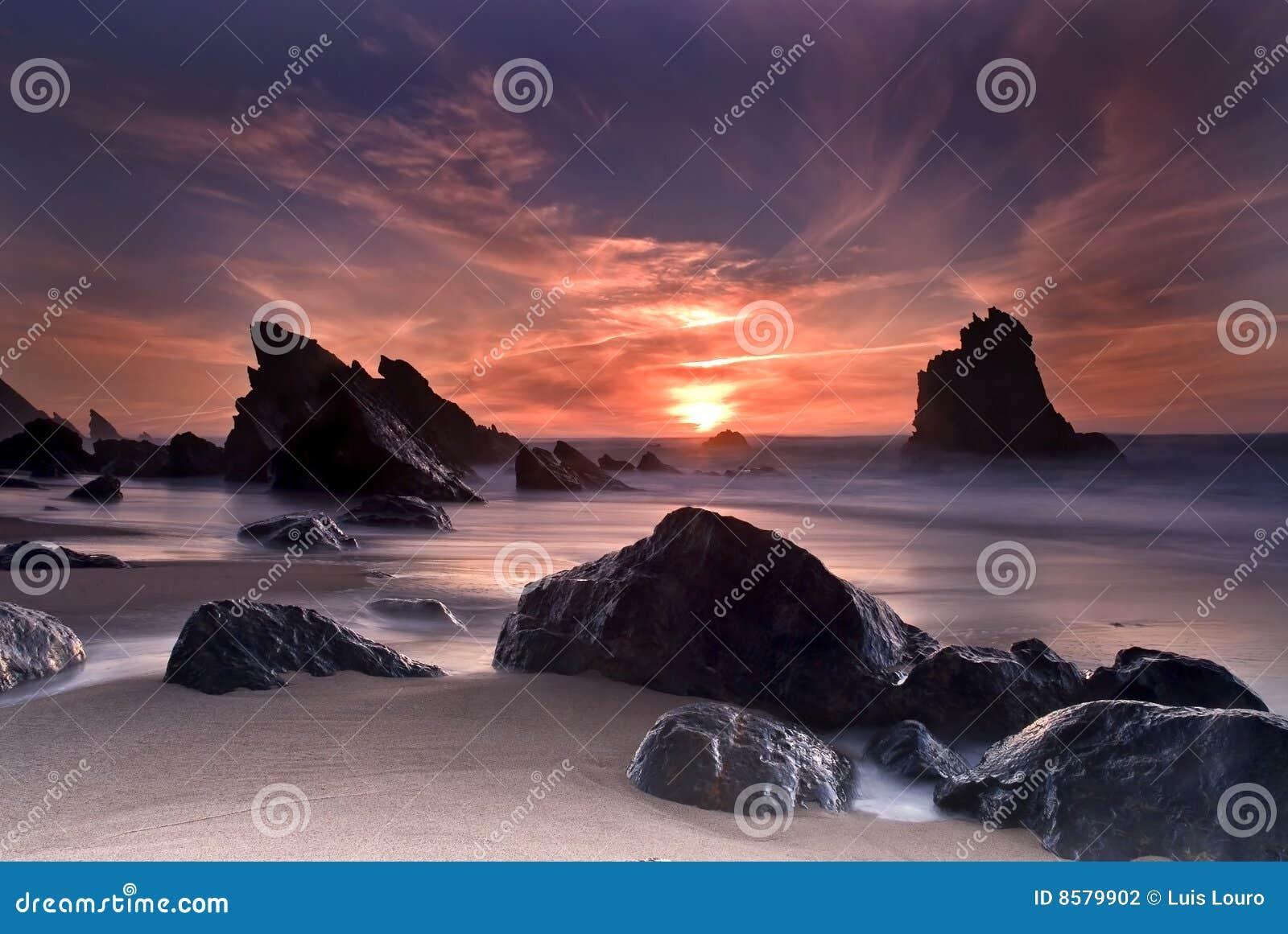 Adraga海滩