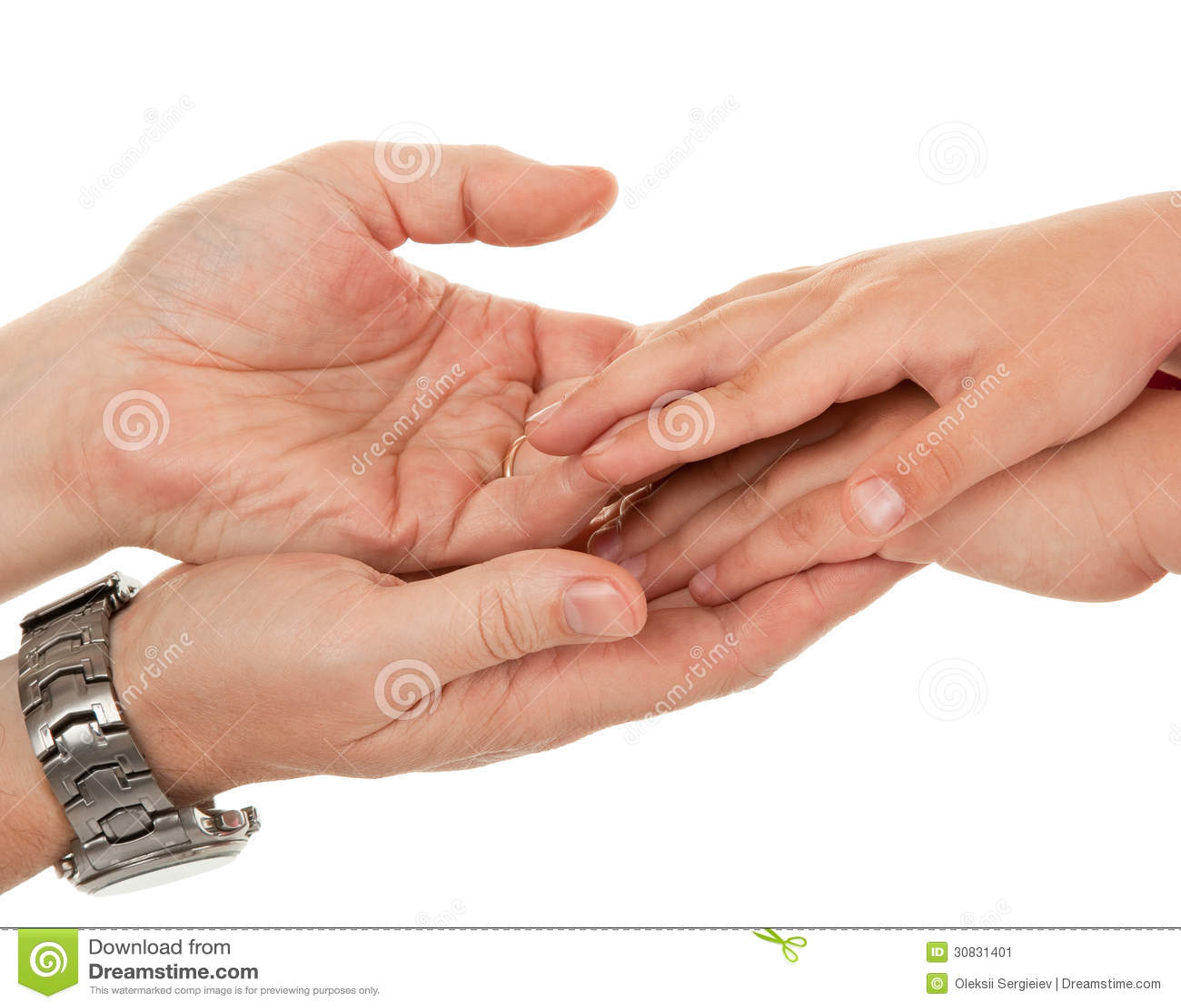 Adulti e le mani dei bambini