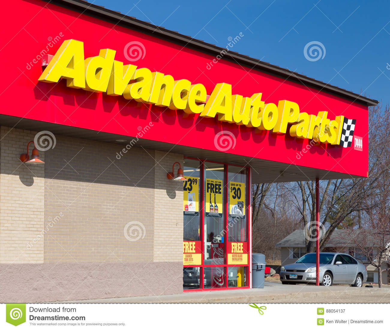 Advance Auto Parts Store And Logo Editorial Photography