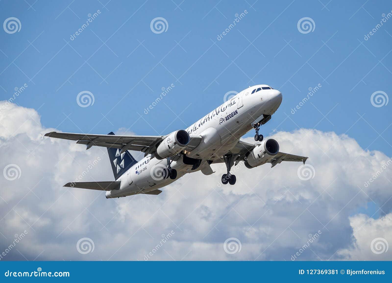 Aegean Airlines Star Alliance, flygbuss A320 - 200 tar av