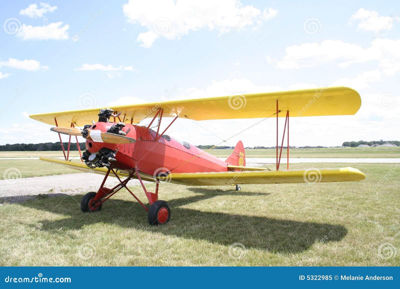 Download Aereo immagine stock. Immagine di aereo, puntello, esposizione - 5322985