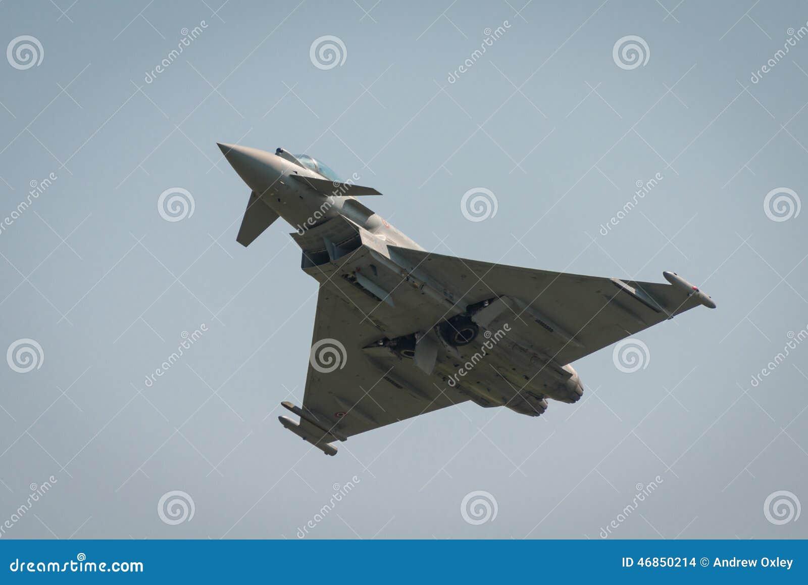 Aereo Da Caccia Usato : Aereo da caccia italiano di tifone dell aeronautica
