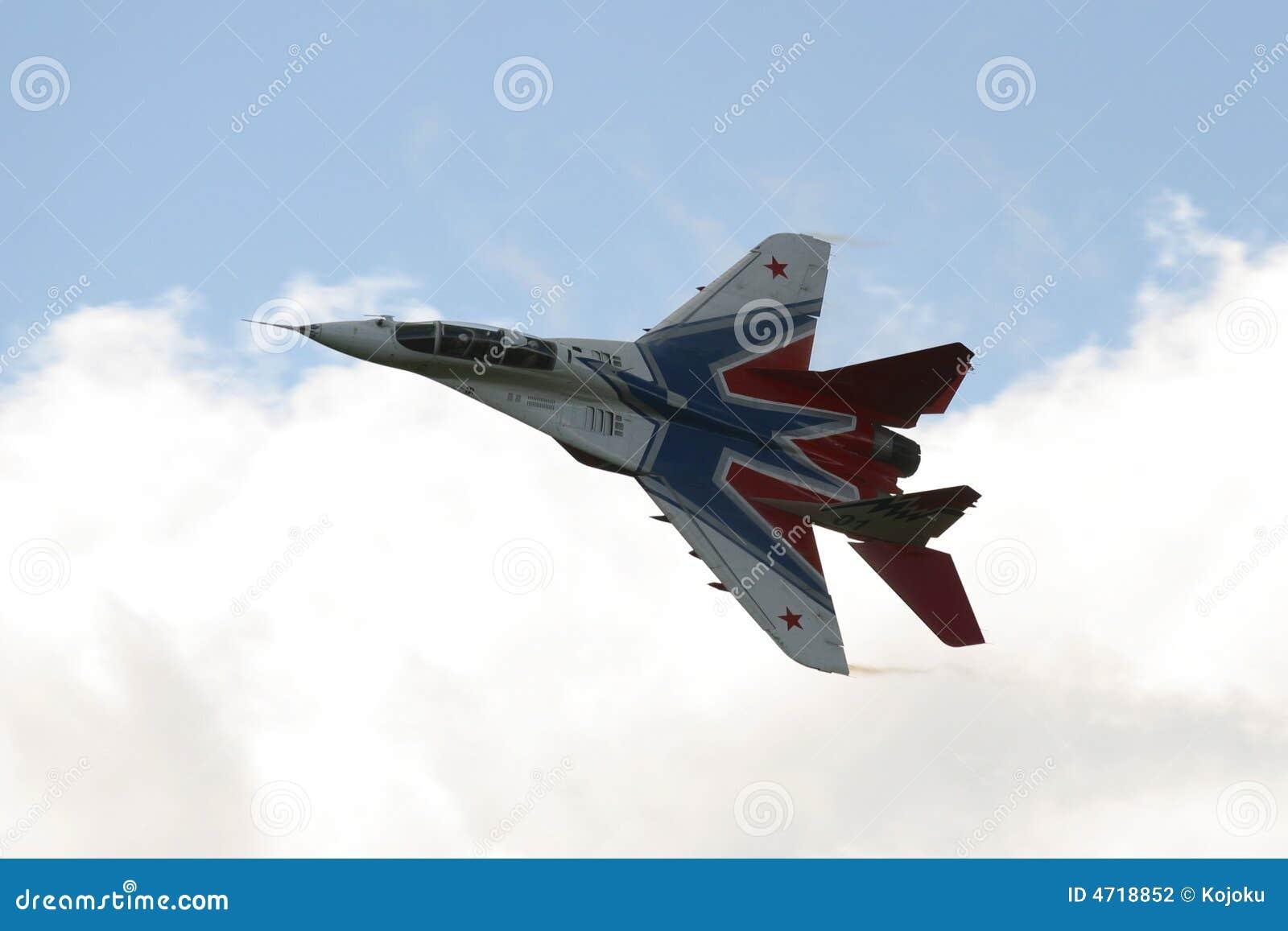 Aereo Da Caccia Russo : Aereo da caccia russo mig fotografia stock immagine