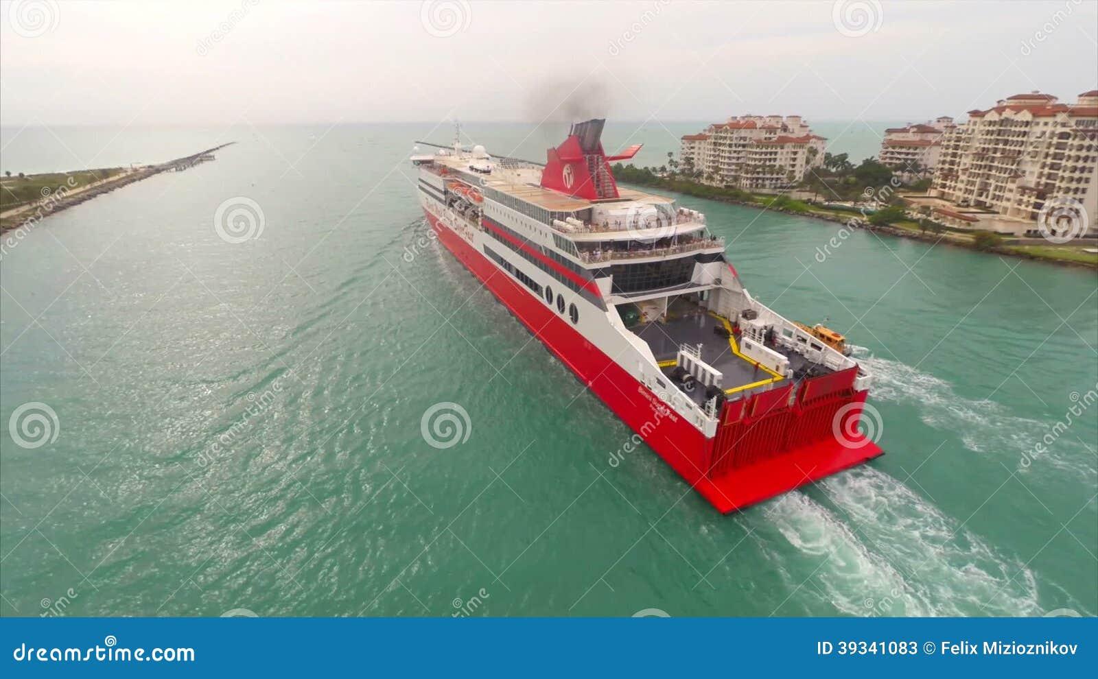 Aerial Bimini Super Fast Cruise Ship Stock Video Video Of Boat - Bimini superfast cruise ship