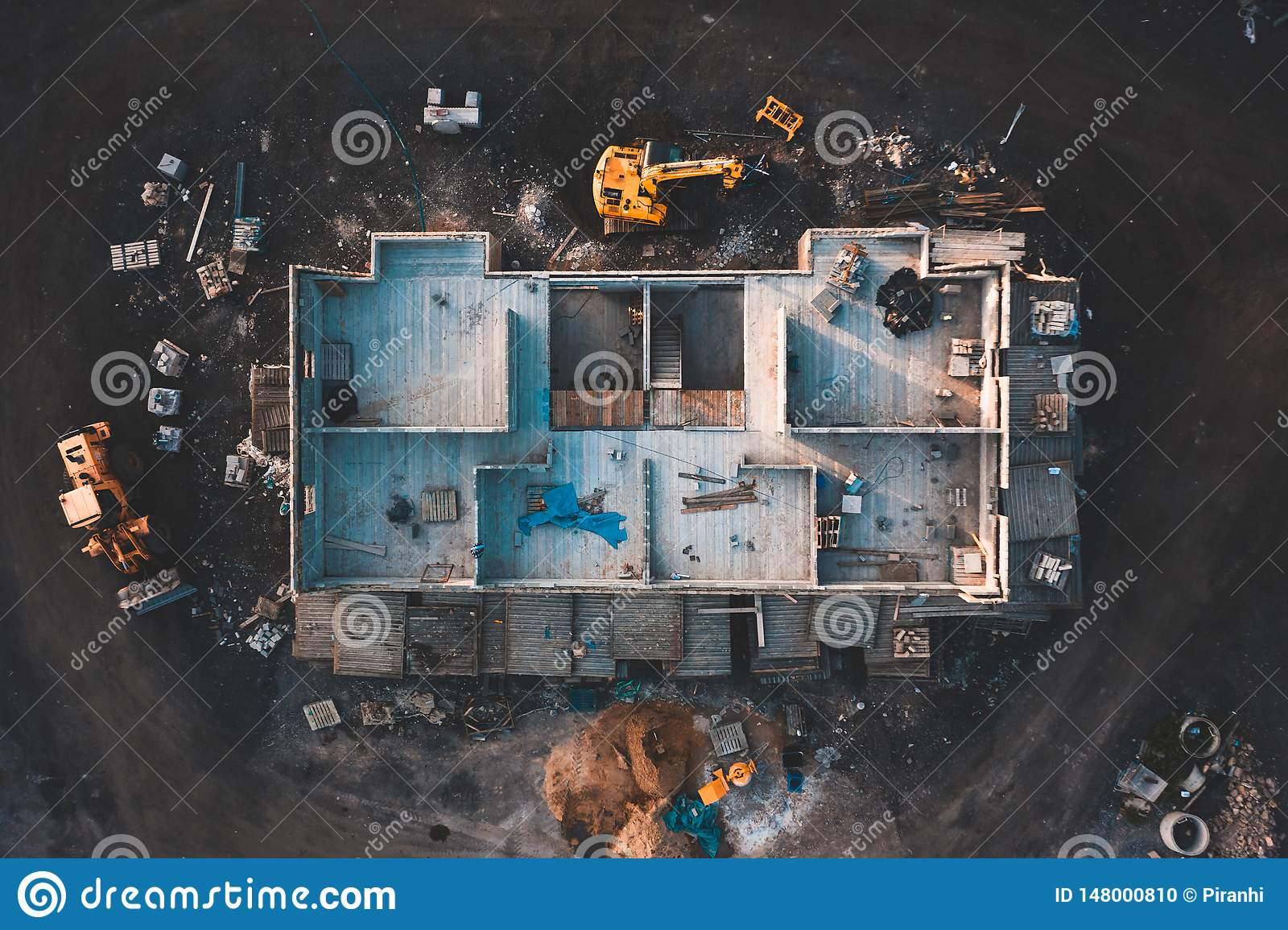 Aerial birdseye image of a house being built
