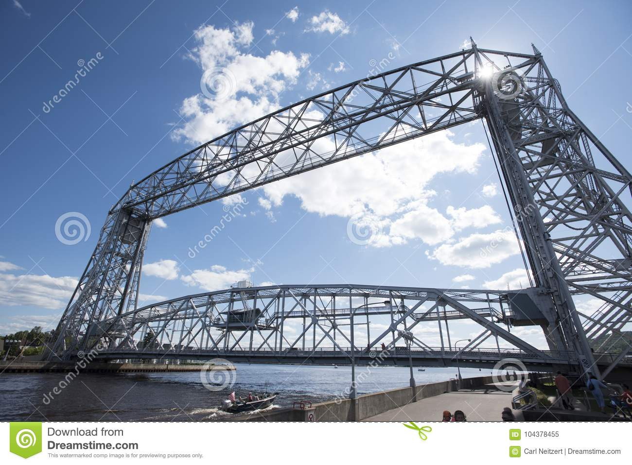 Aerial Lift Bridge In Duluth Minnesota Editorial Image Image Of