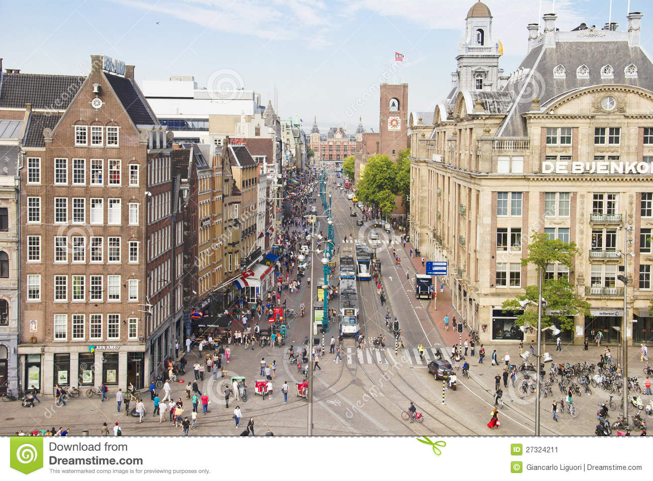 Aerial view of the dam square amsterdam editorial photo for Dam in amsterdam