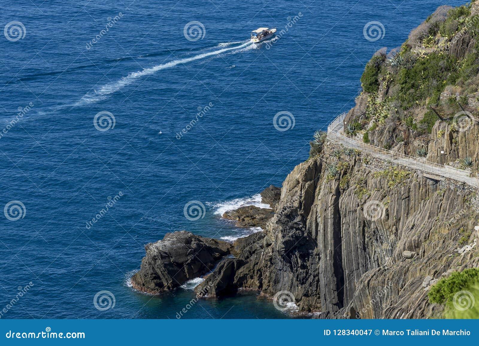Aerial view of the famous `Via dell`amore` connecting Riomaggiore with Manarola, Cinque Terre, Liguria, Italy