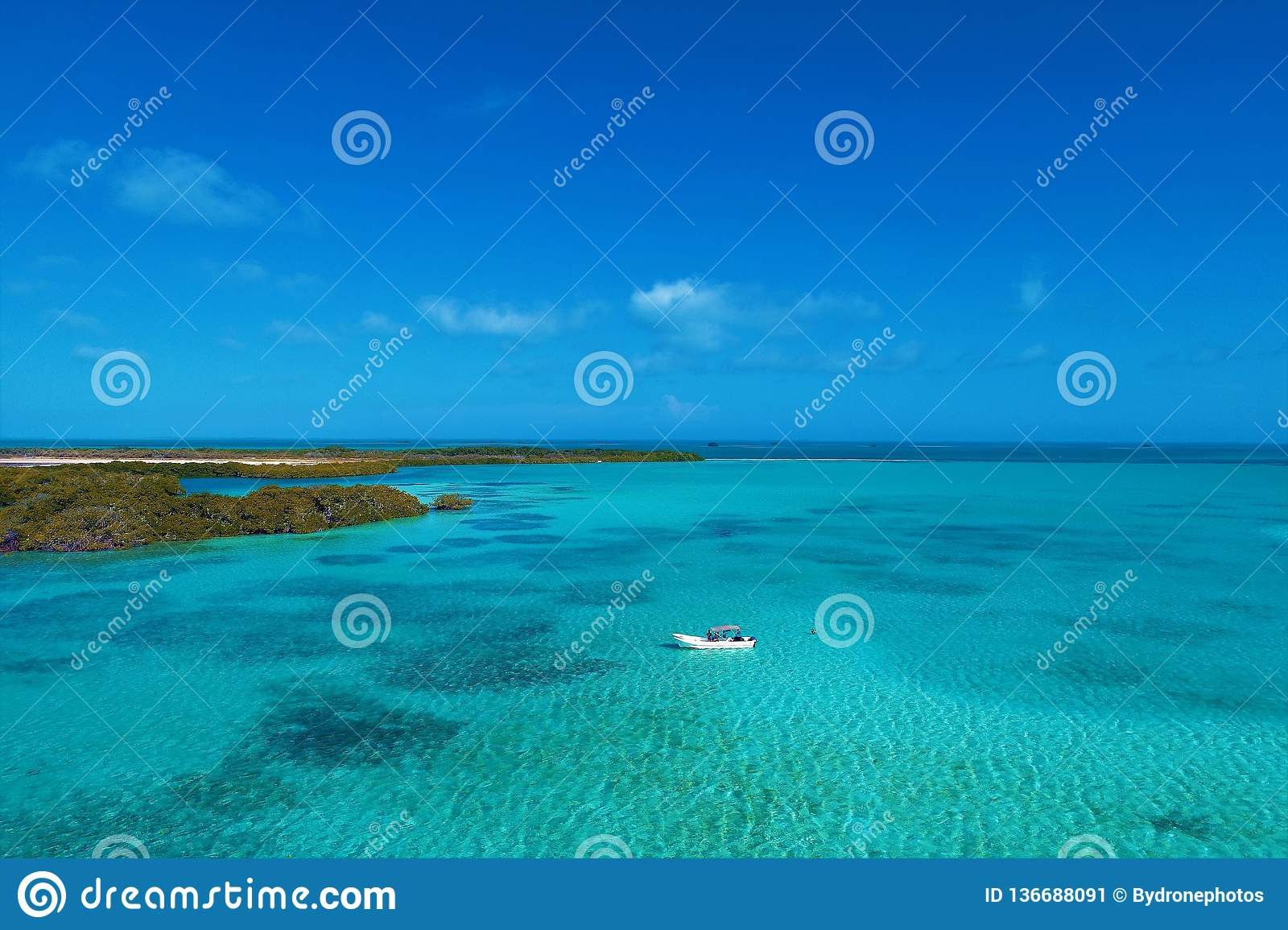 Los Roques, Caribbean sea. Fantastic landscape. Great beach scene.