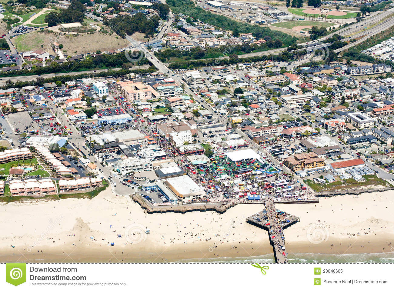 Aerial View Of Pismo Beach CA Stock Image Image Of Scenic Show - Pismo beach car show