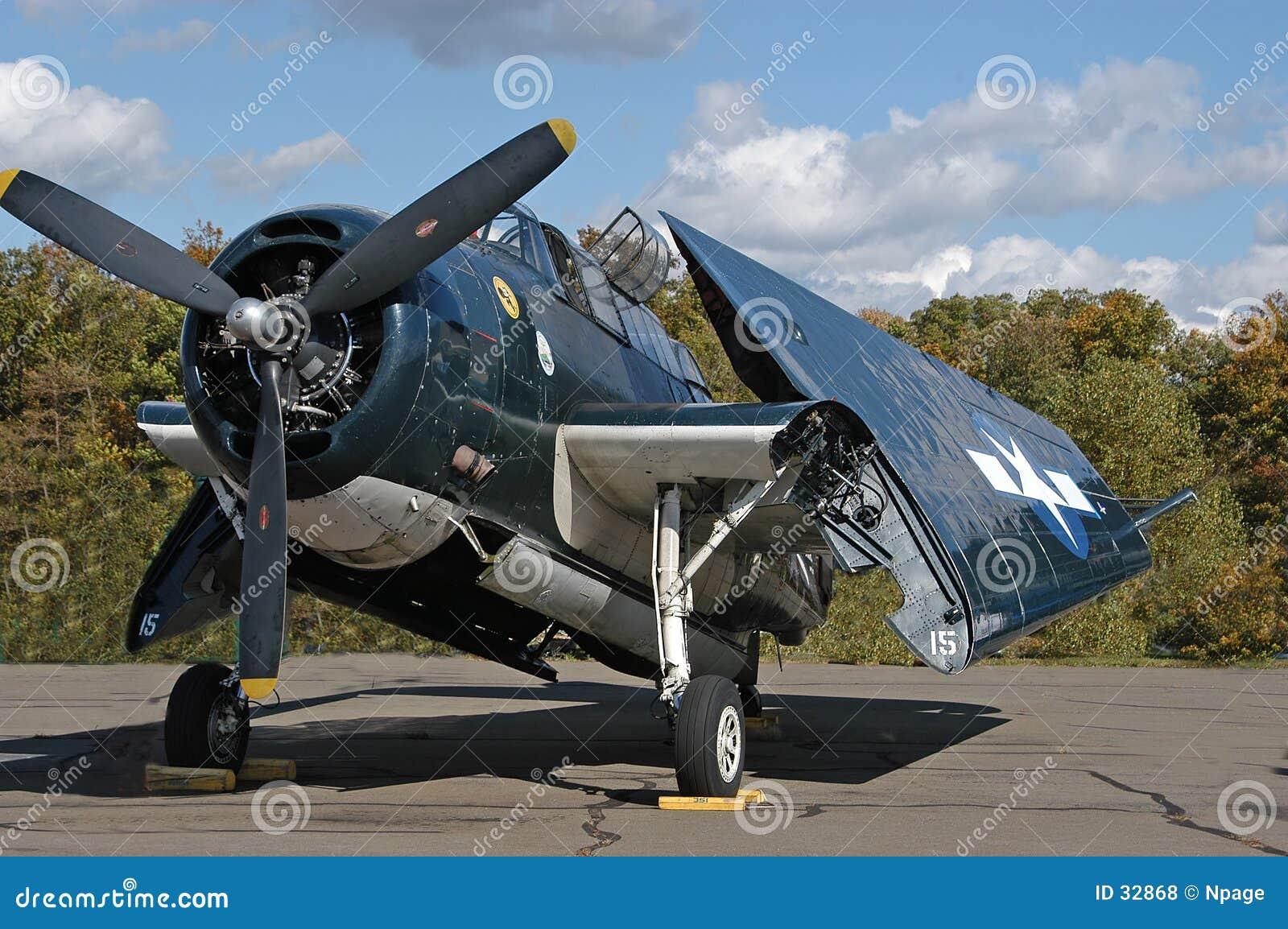 Download Aeroplano de la marina foto de archivo. Imagen de aeroplano - 32868