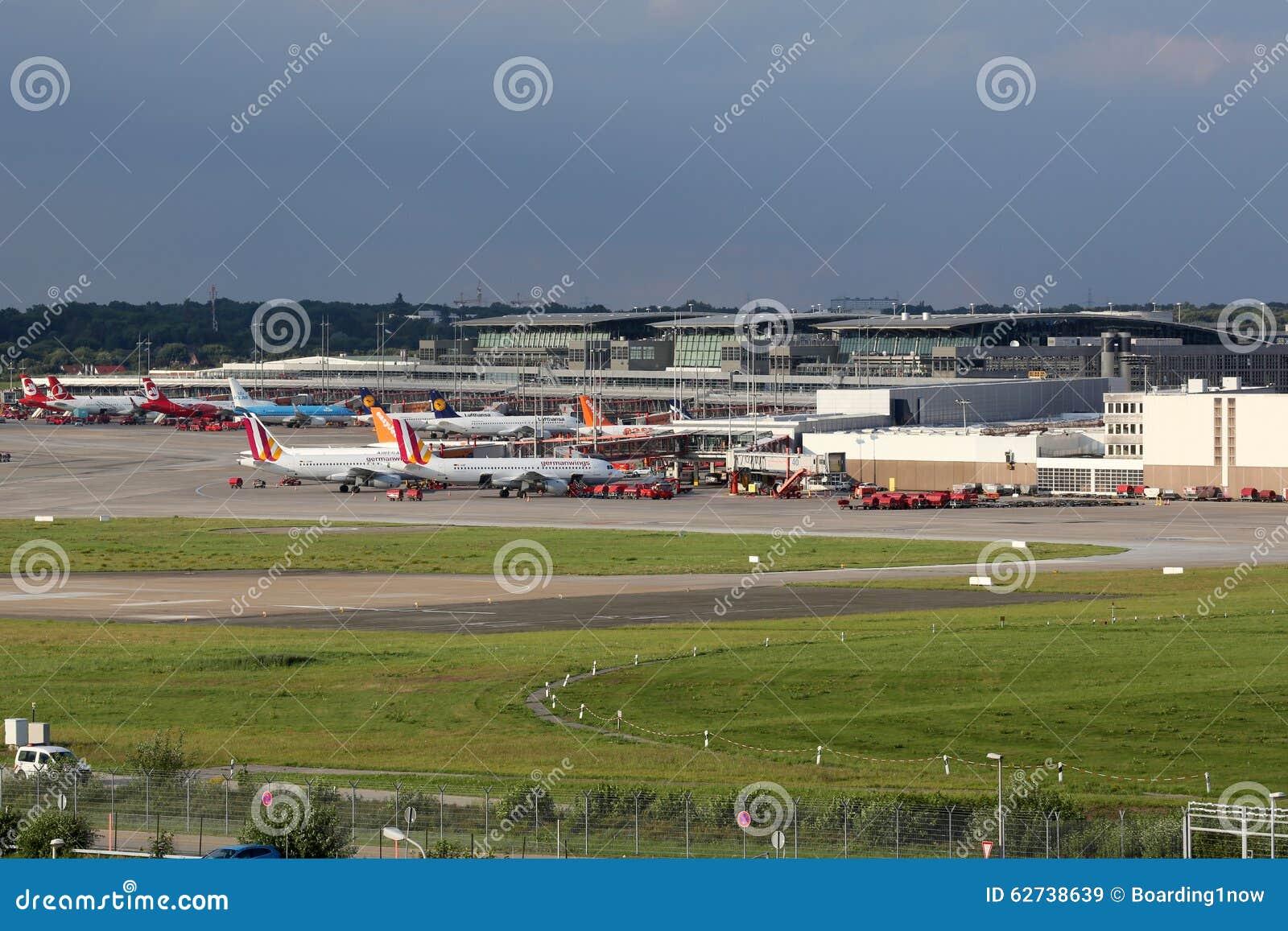 Aeroporto Germania : Aeroporto di amburgo immagine stock editoriale