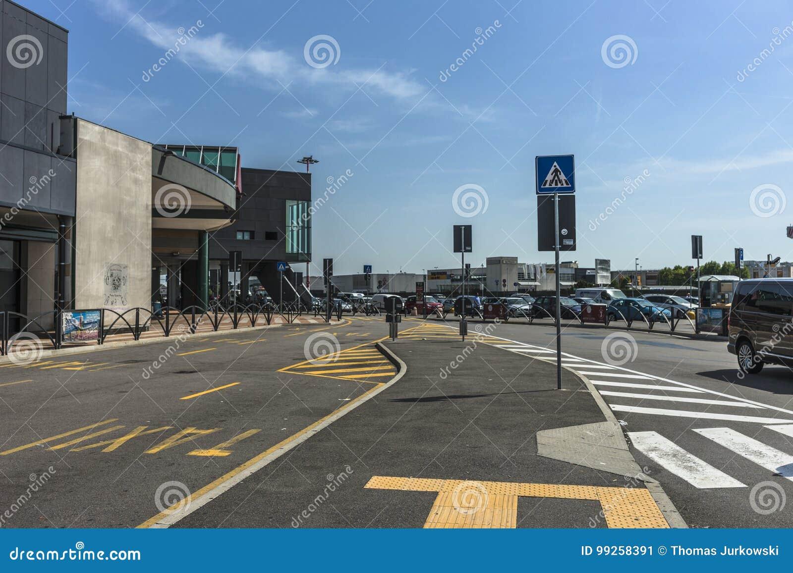 Aeroporto Orio Al Serio : Aeroporto di bergamo bergamo airport aeropuerto de bergamo