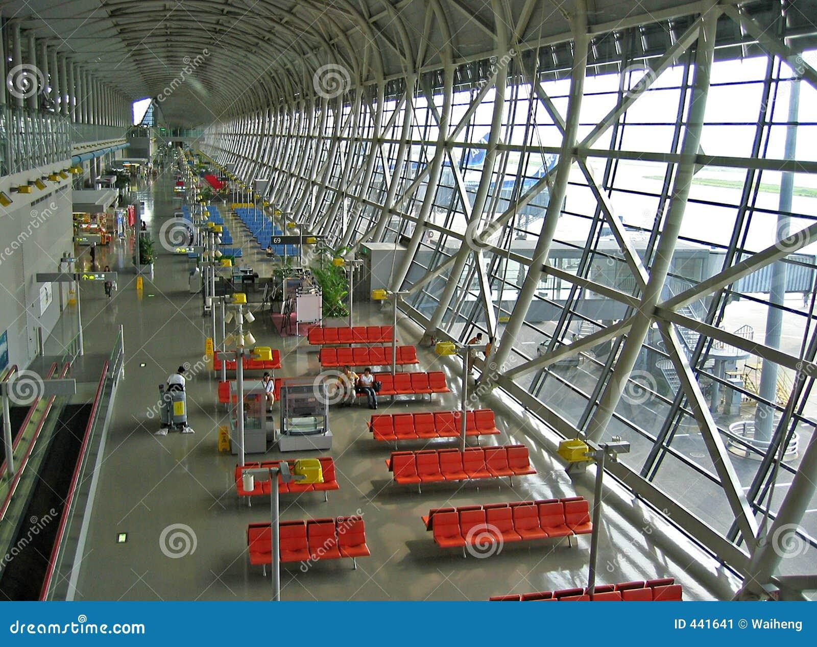 Aeroporto Osaka Kansai : Aeroporto di osaka immagine stock people
