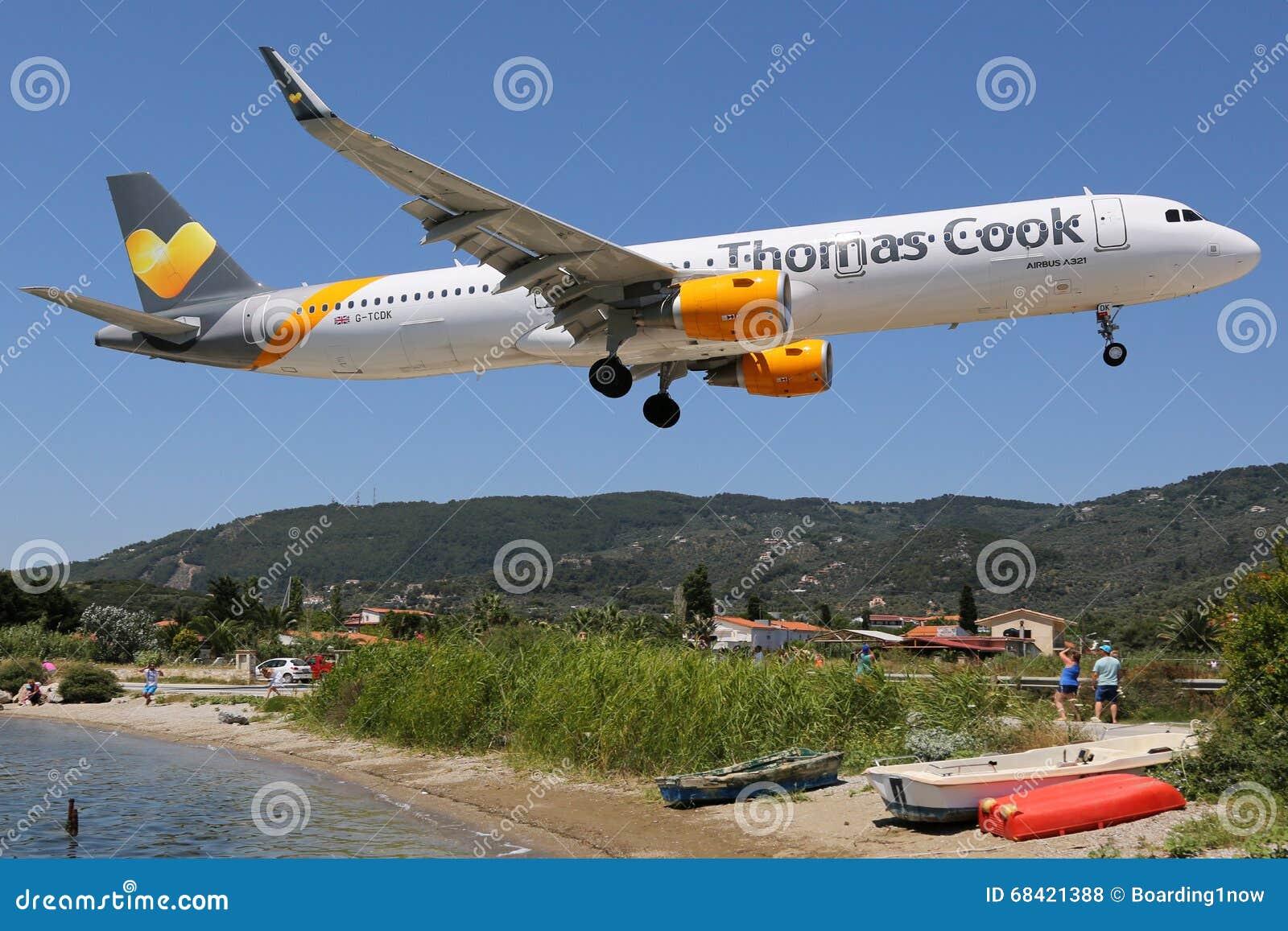 Aeroporto Skiathos : Aeroporto di skiathos dell aeroplano thomas cook