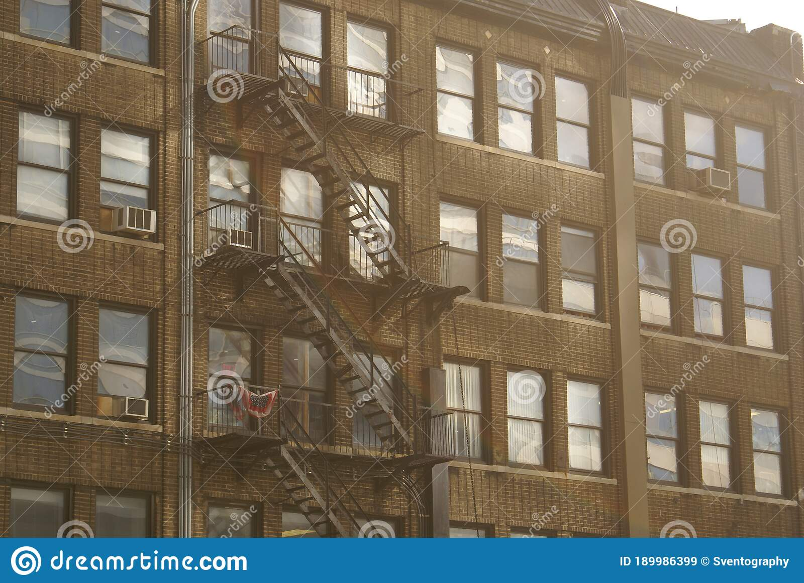 Aesthetic Looking Windows Of A Nyc Apartment Stock Image Image Of Cast Apartment 189986399