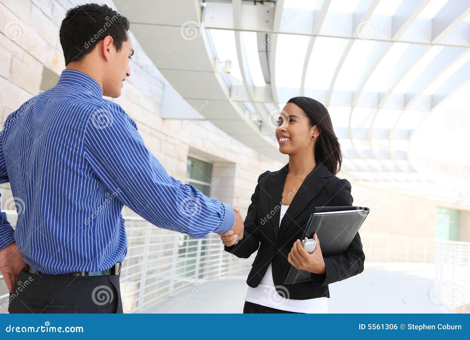 Affären hands att uppröra för kontorsfolk