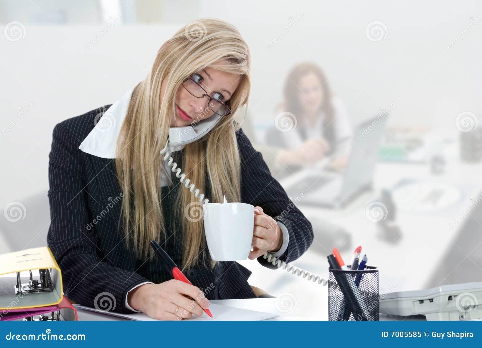 Affärskvinnaworking