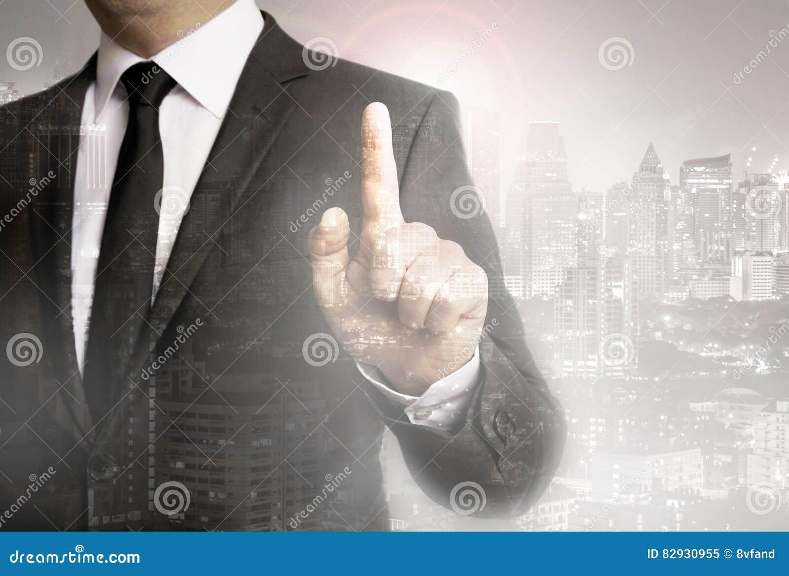 Affärsman med begrepp för stadsbakgrundsmall