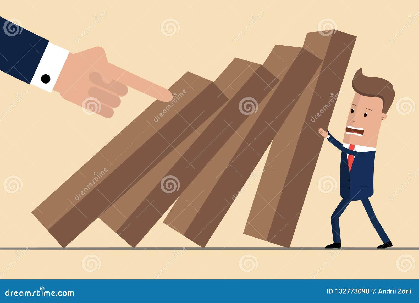 Affärsman som försöker att stoppa fallande dominobricka Affärskrisledning och lösningsbegrepp Begrepp av risken också vektor för
