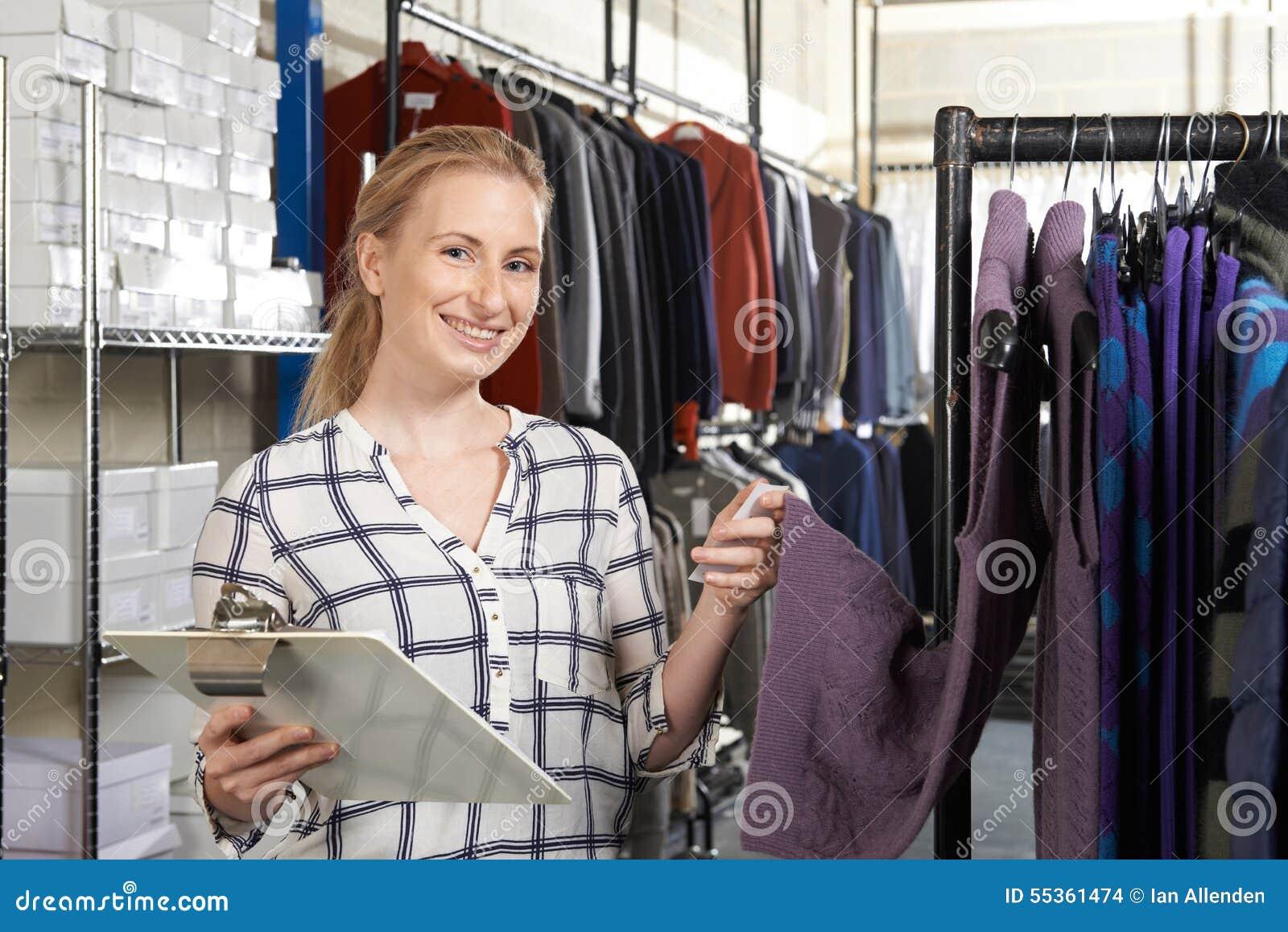 Affare di modo di Running On Line della donna di affari