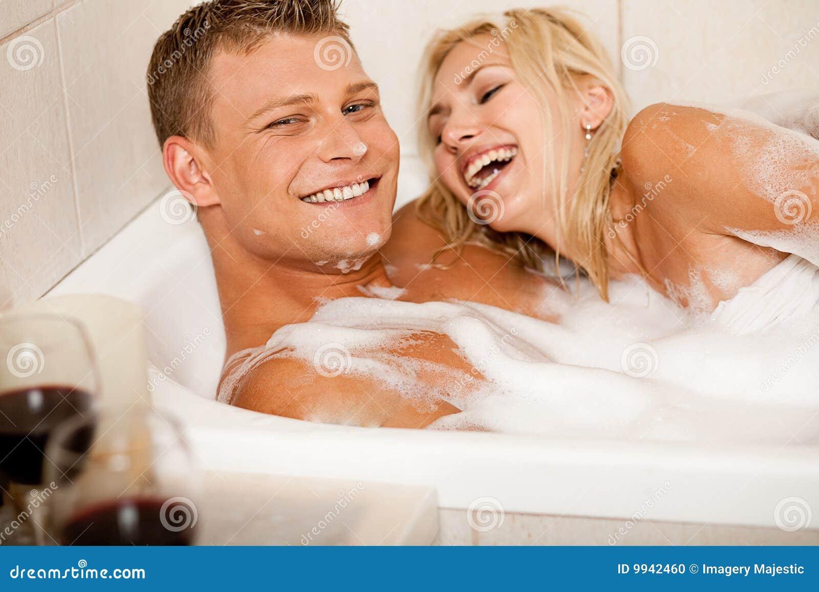 Рассказ муж в ванной а жена 11 фотография