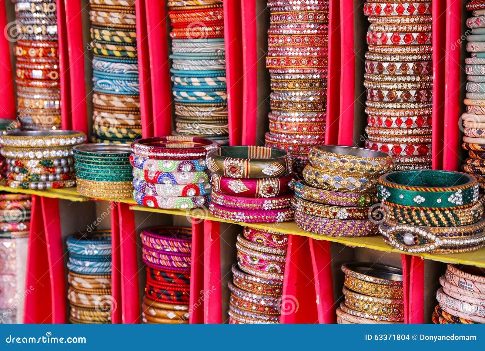 Affichage des bangels color s l 39 int rieur du palais de for A l interieur de l oreille