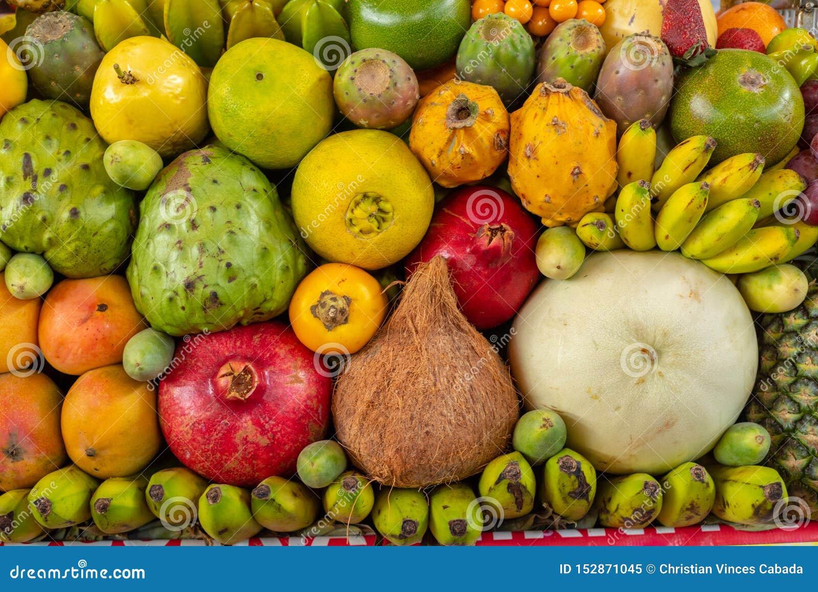 Affichage exotique de fruits