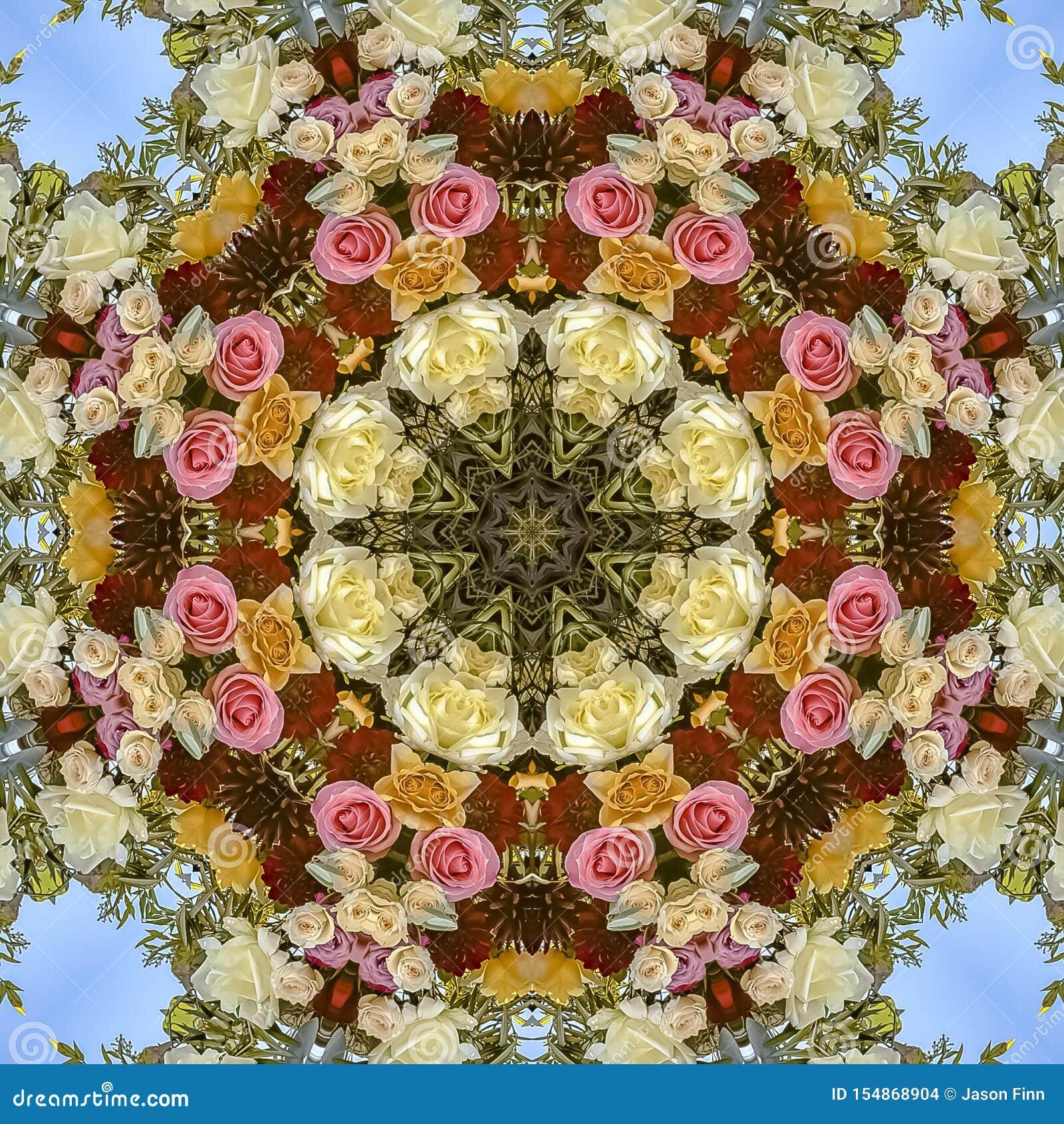 Affichage intéressant de place des fleurs dans la disposition circulaire au mariage en Californie