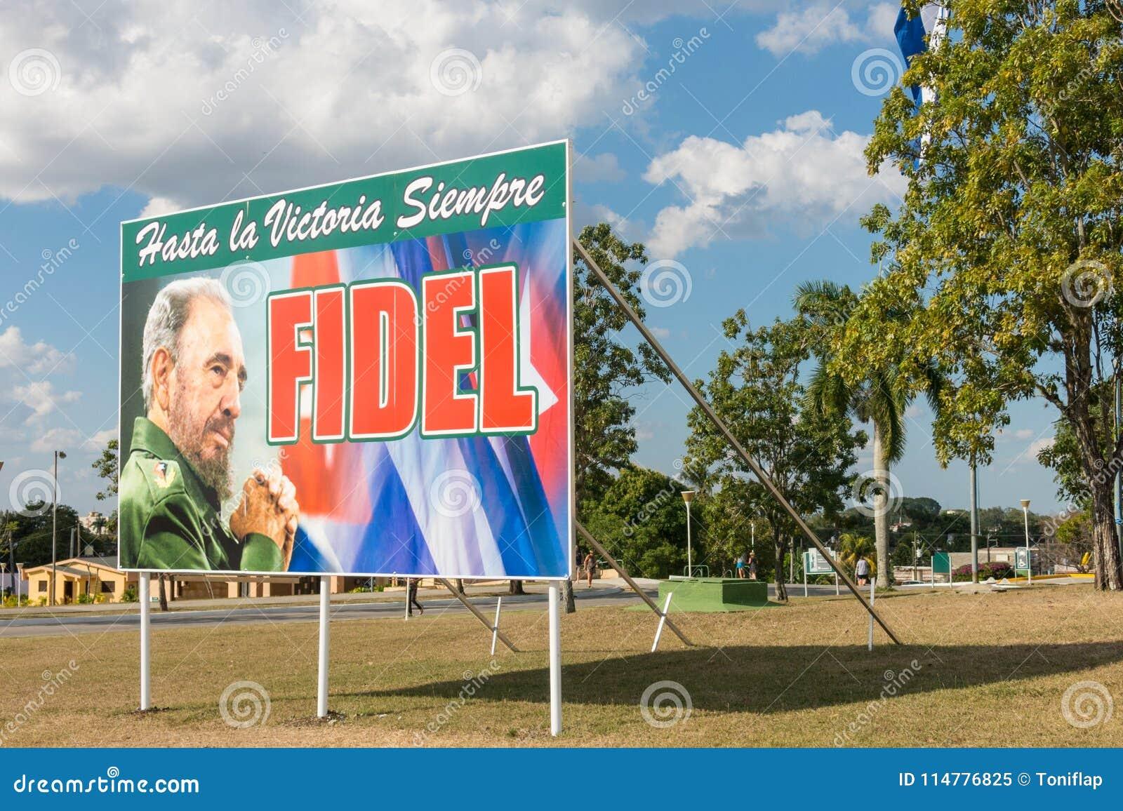 Affiche avec l image du drapeau de Fidel Castro et de Cubain en Santa Clara,