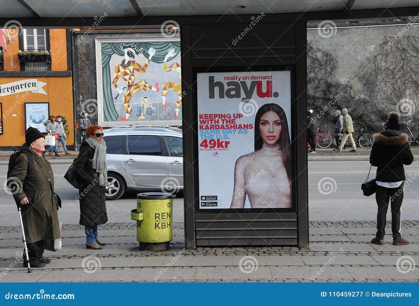 Affischtavla med kardashians