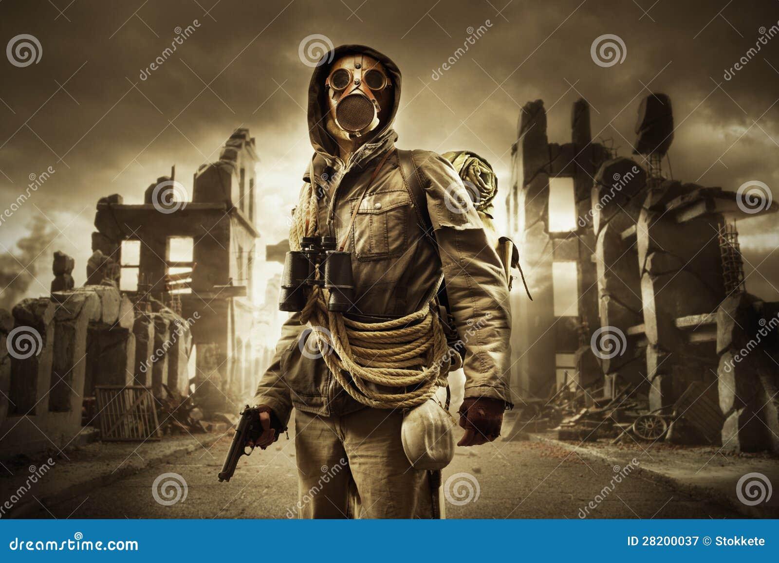 Afixe o sobrevivente apocalíptico na máscara de gás