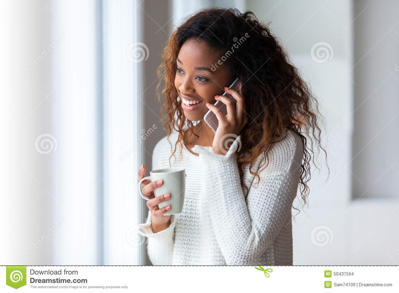 mobile phone and people Amplified mobile phones are perfect for the hard of hearing & elderly start shopping online today.