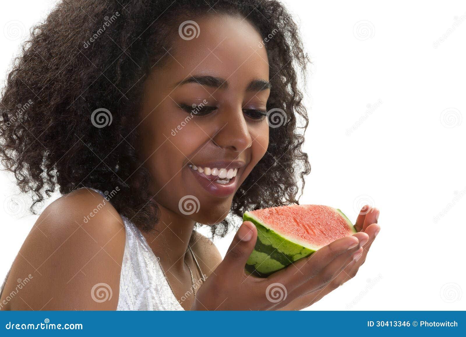 girls fucking with fruits