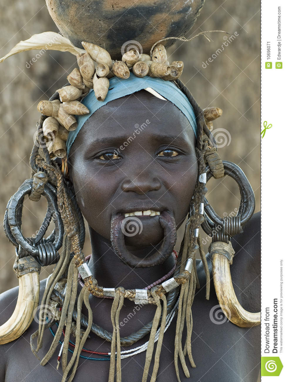 Http Www Dreamstime Com Stock Image African Mursi People 1 Image10696071