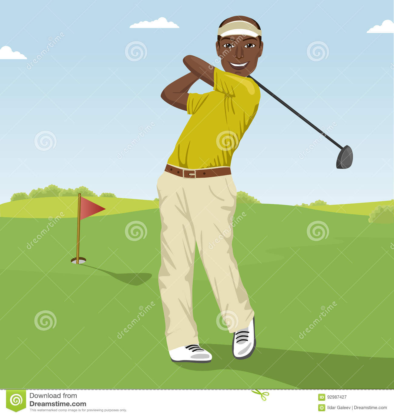 Afrikaanse Amerikaanse mannelijke golfspeler die de bal raken Professionele mannelijke golfspeler op golfcursus