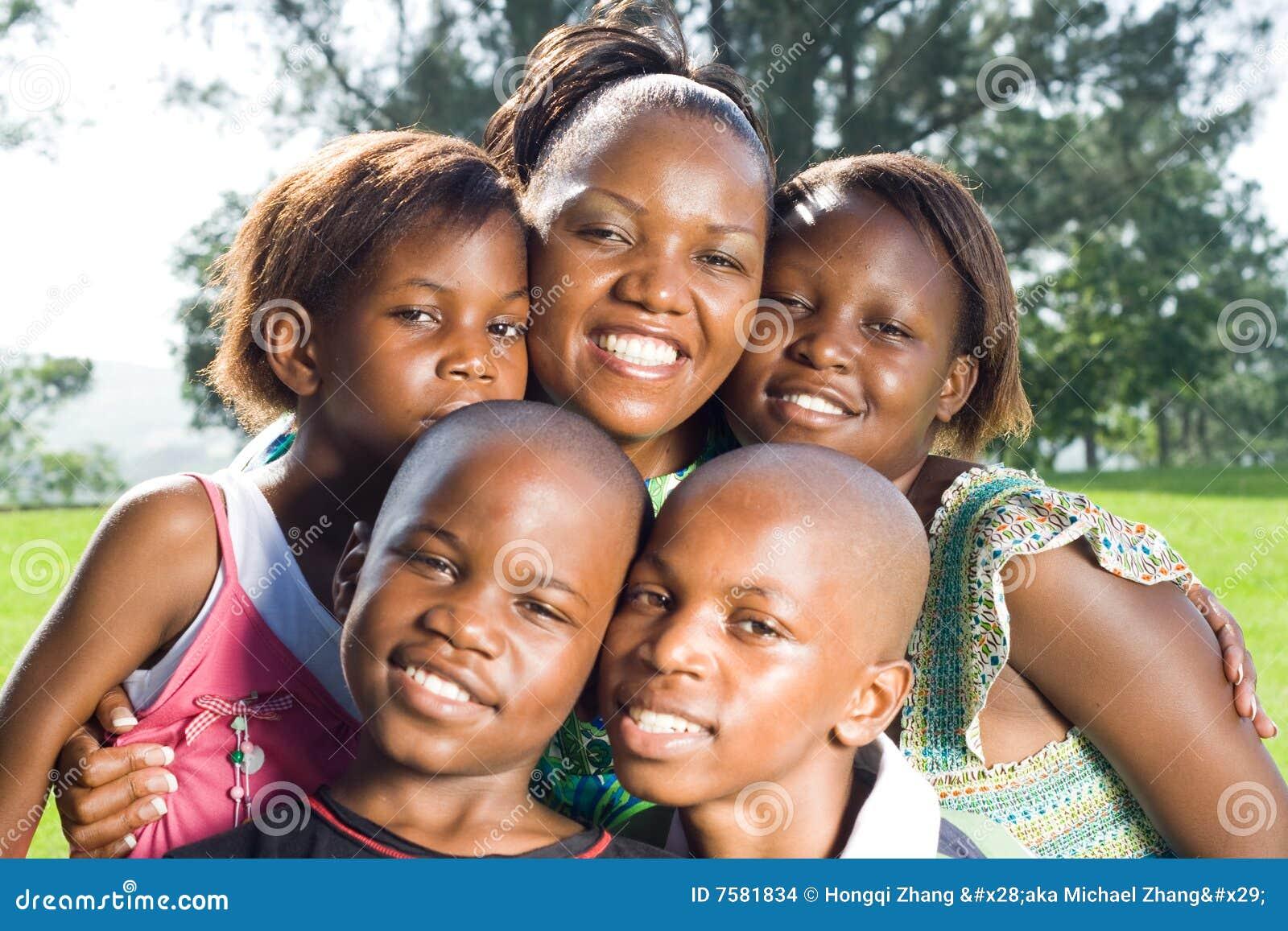 Afrikansk familj
