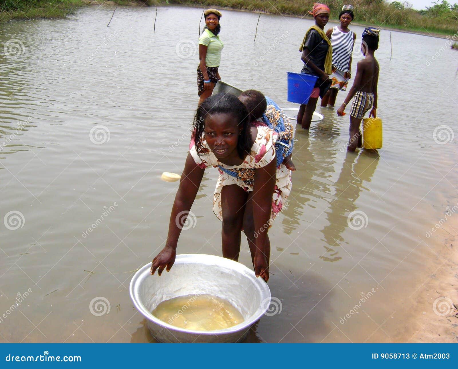 Afrikanska flodkvinnor
