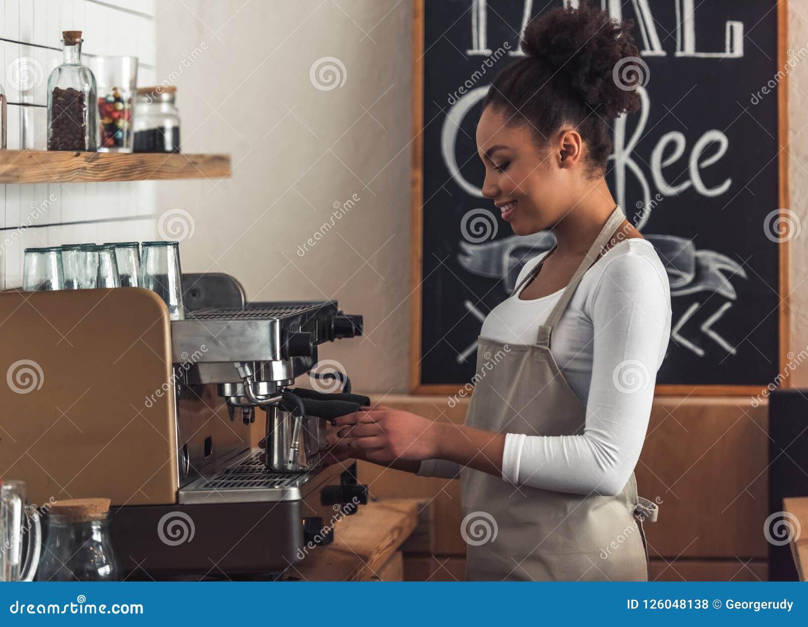 Afro- amerikansk barista