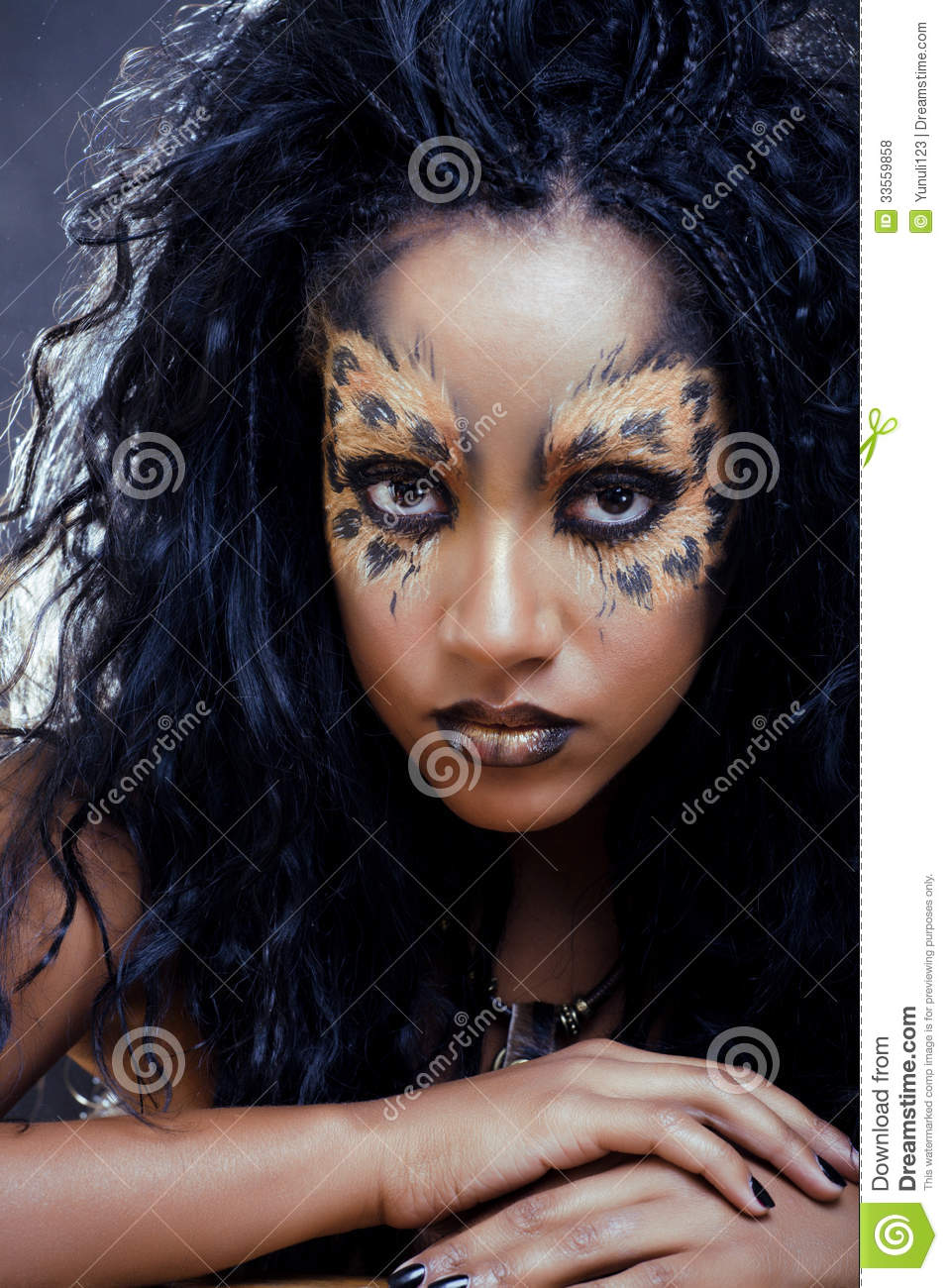 afro woman with leopard make up stock photo image 33559858. Black Bedroom Furniture Sets. Home Design Ideas