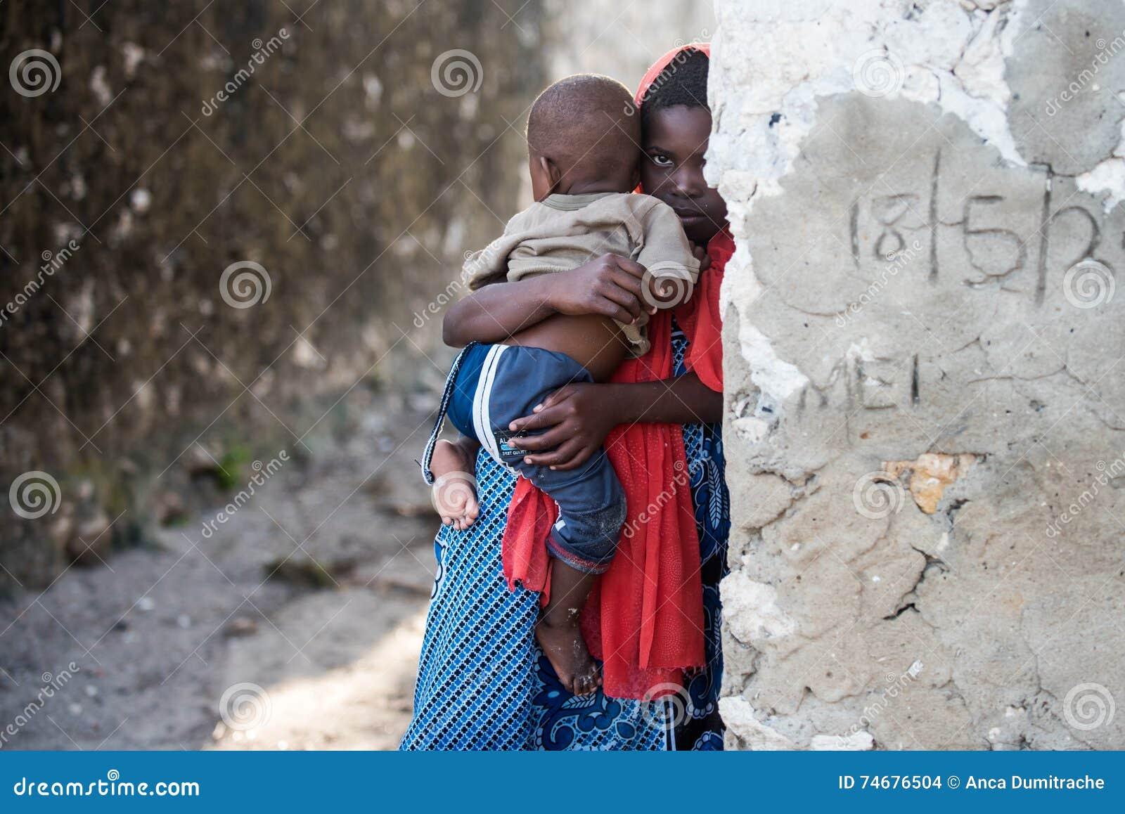 Afrykańscy dzieci w Zanzibar wyspie