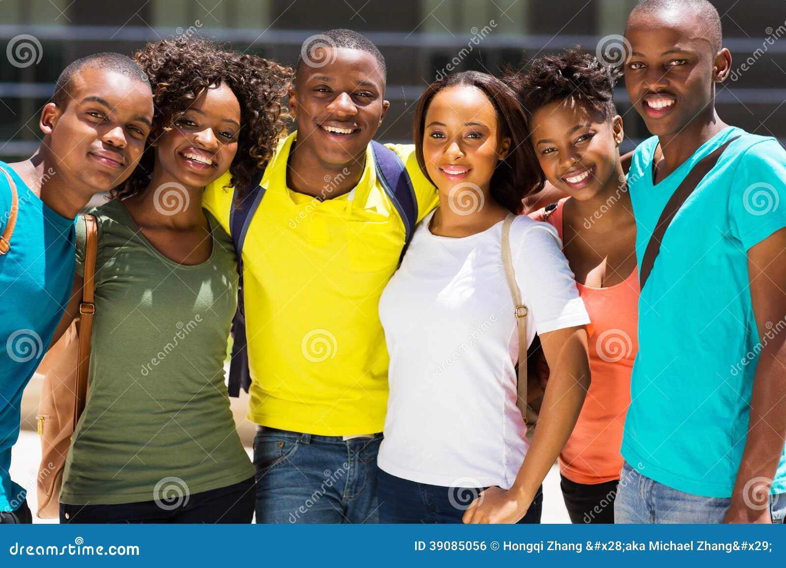 Afrykańscy szkoła wyższa przyjaciele