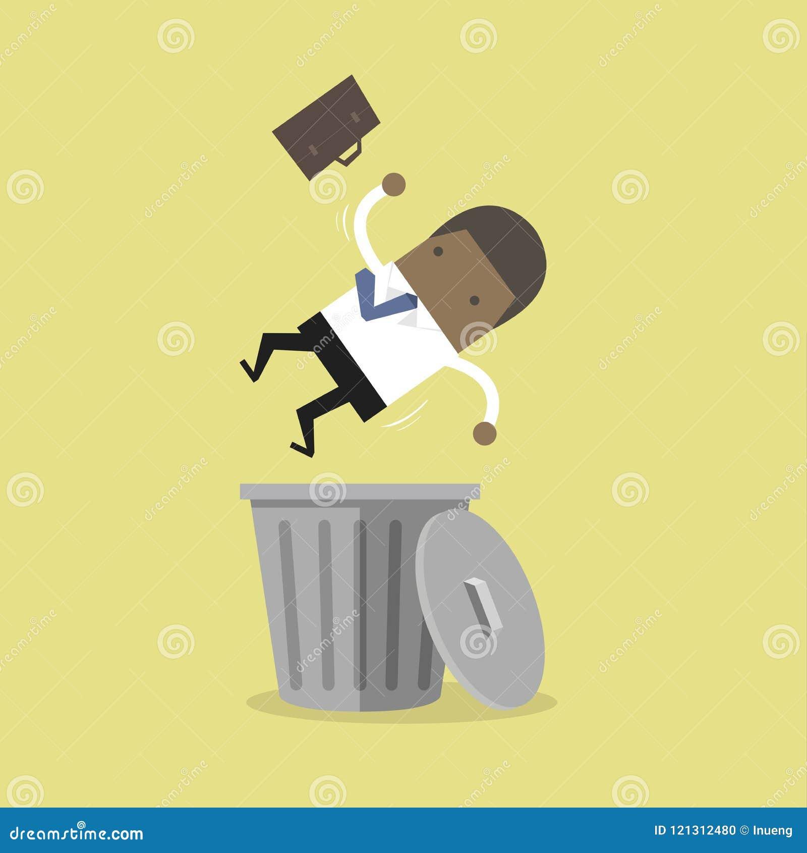 Afrykański biznesmen pracuje na laptopie i wygrany najwyższej wygranie, pieniężny sukces Afrykański biznesmen opuszczał w trashca