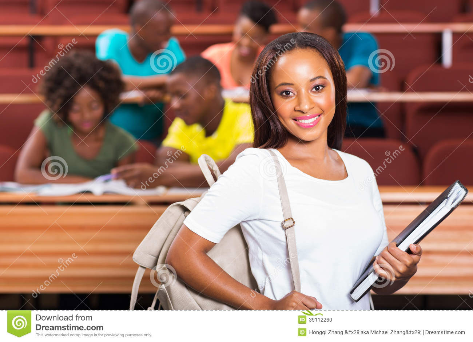 Afrykański student collegu