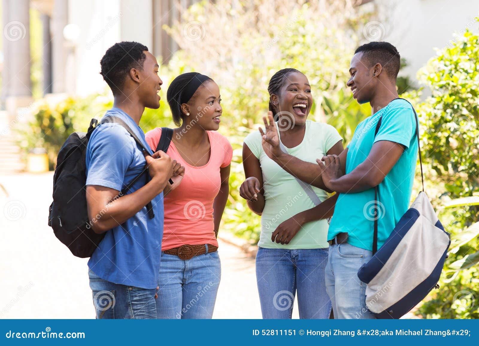 Afrykański uczni opowiadać