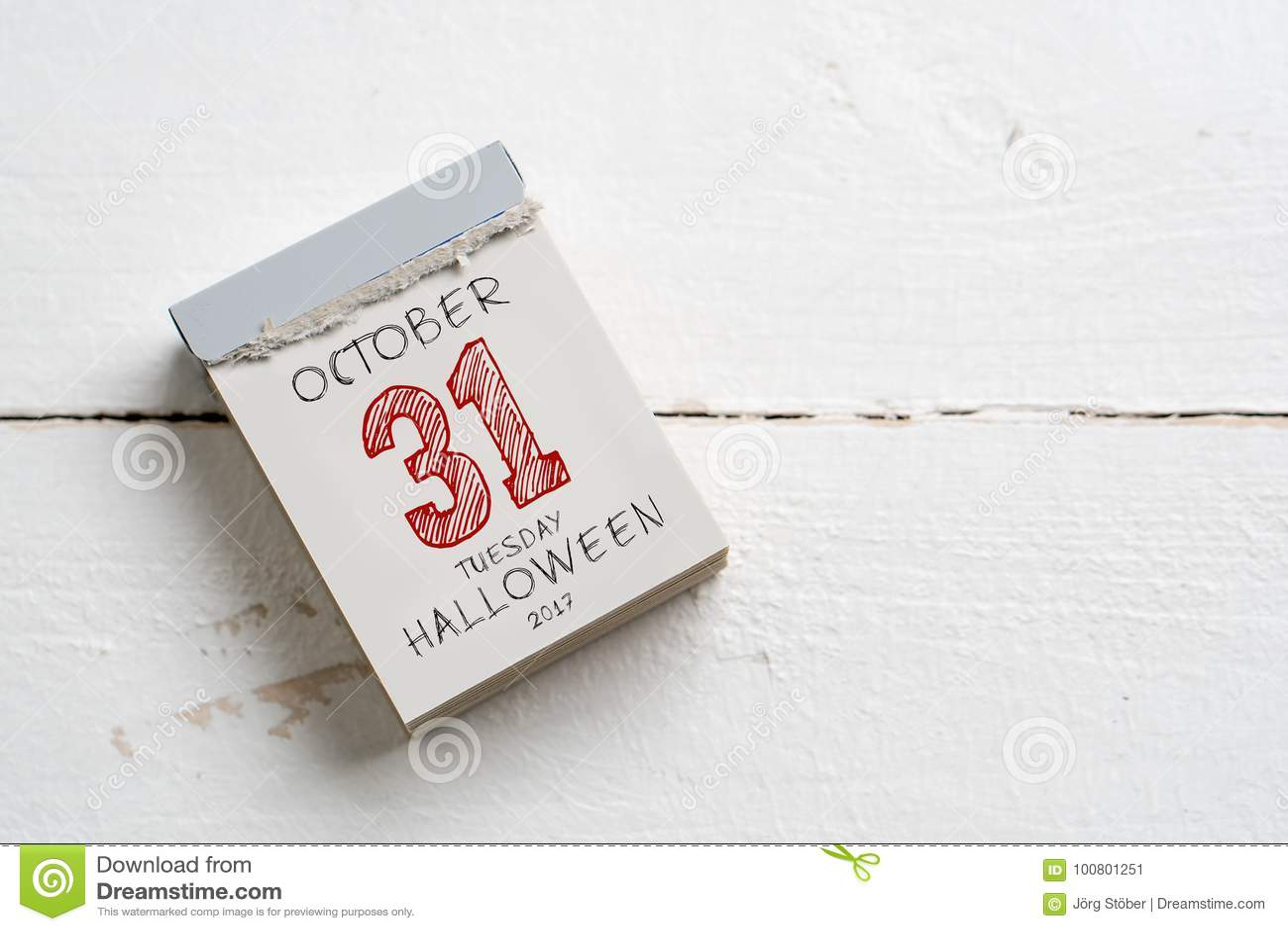 Afscheuringskalender met 31 oktober, datum van Halloween