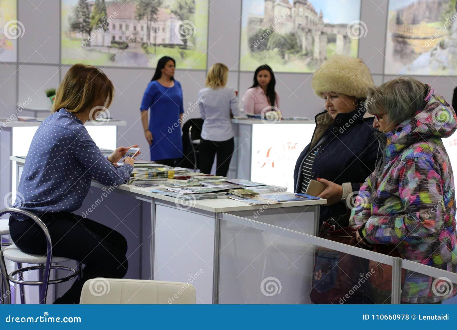 Agencias del turismo en la feria nacional del turismo de Rumania